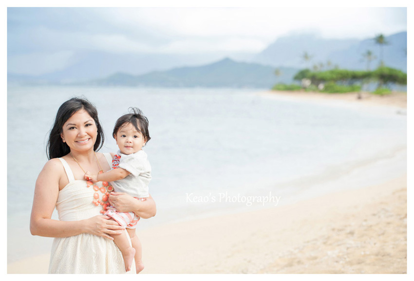 Kualoa Beach family photos on Oahu