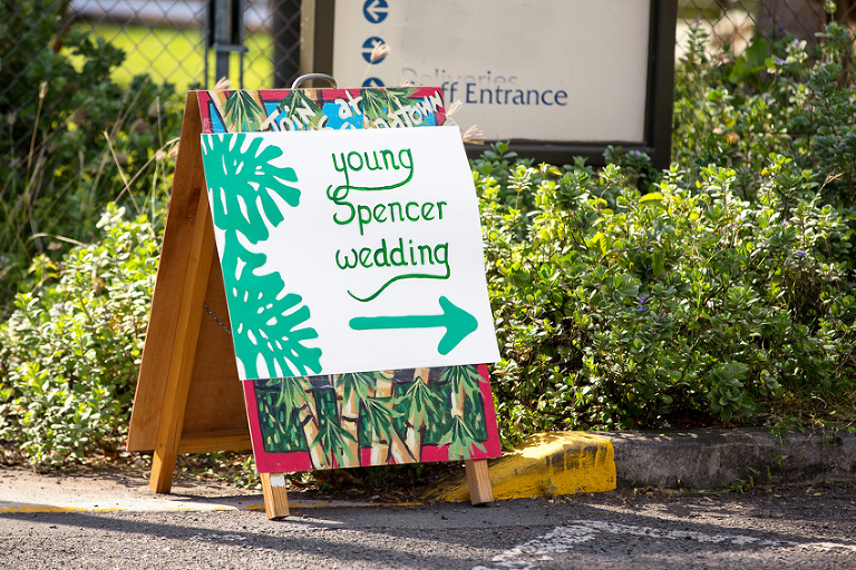 Welcome sign to wedding at Bishop Museum