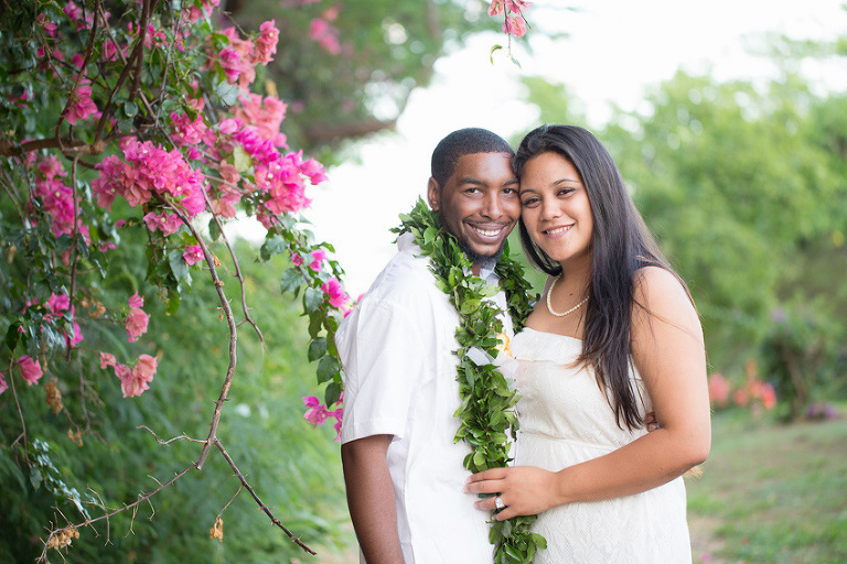 couple with simple Hawaii wedding