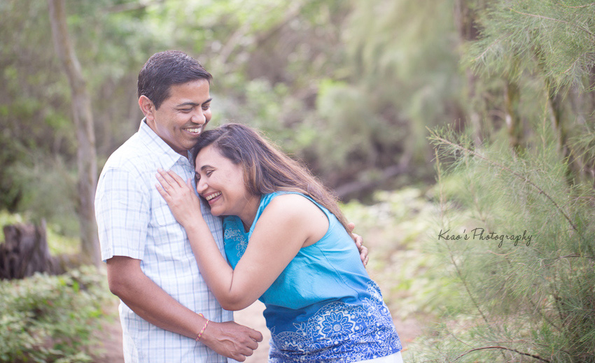 Oahu couple photography at Waimanalo Beach