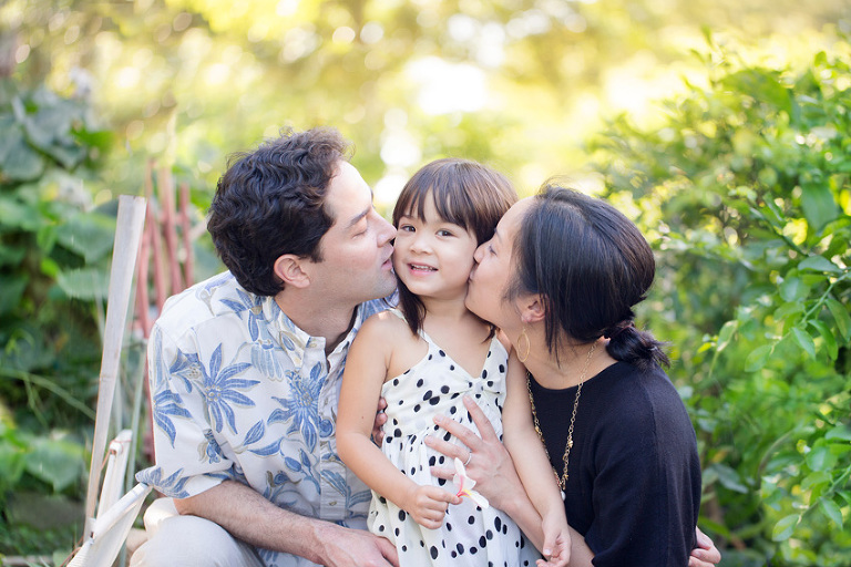 family photography in downtown Honolulu